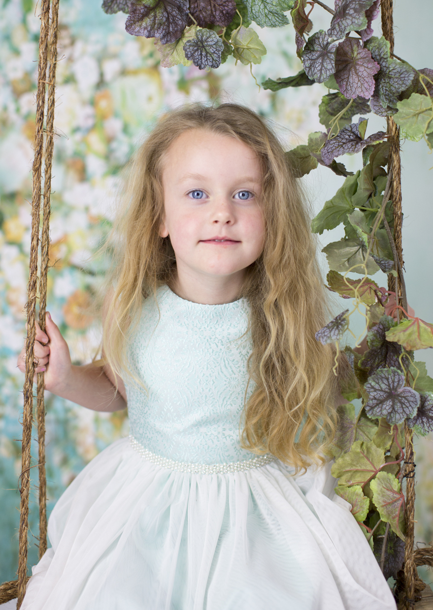 spring theme easter mini session photographer roxbury ct new milford brookfield bridgewater