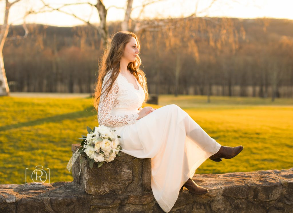 casual modern bride photographer